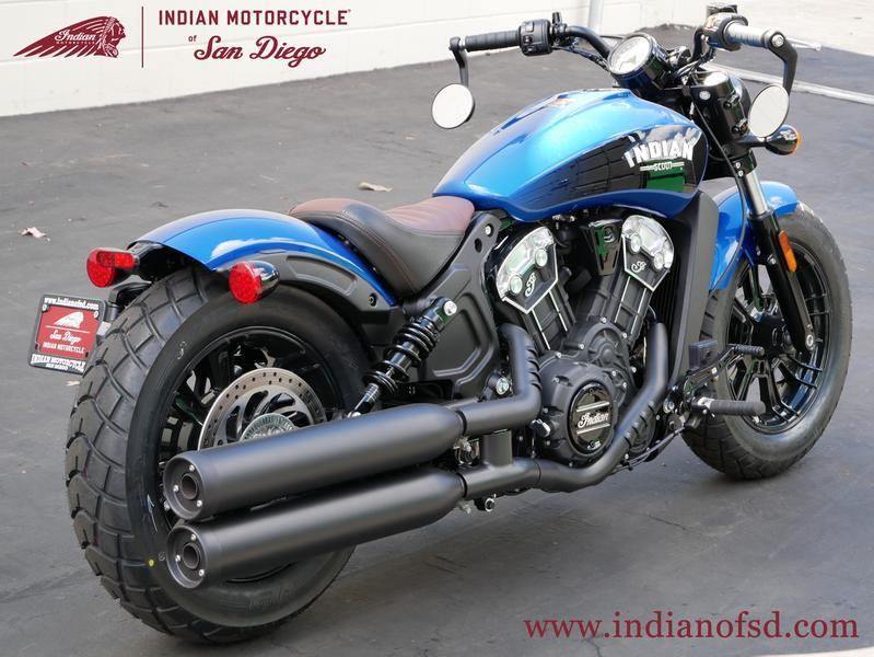 194-indianmotorcycle-scoutbobbericonseriesbrilliantblue-blackwetslide-2019-6197455