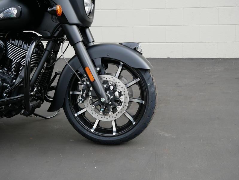 581-indianmotorcycle-chieftaindarkhorsethunderblacksmoke-2019-7057174