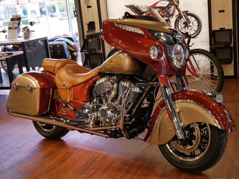 603-indianmotorcycle-chieftainclassiciconseriesburnishedmetallic-sandstonemetallic-2019-7057175
