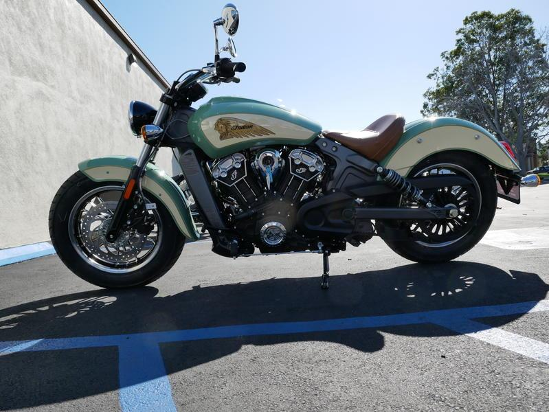 634-indianmotorcycle-scoutabswillowgreen-ivorycream-2019-7109450