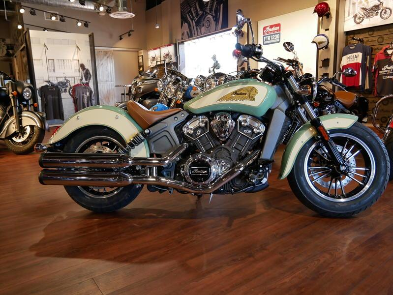 637-indianmotorcycle-scoutabswillowgreen-ivorycream-2019-7109450